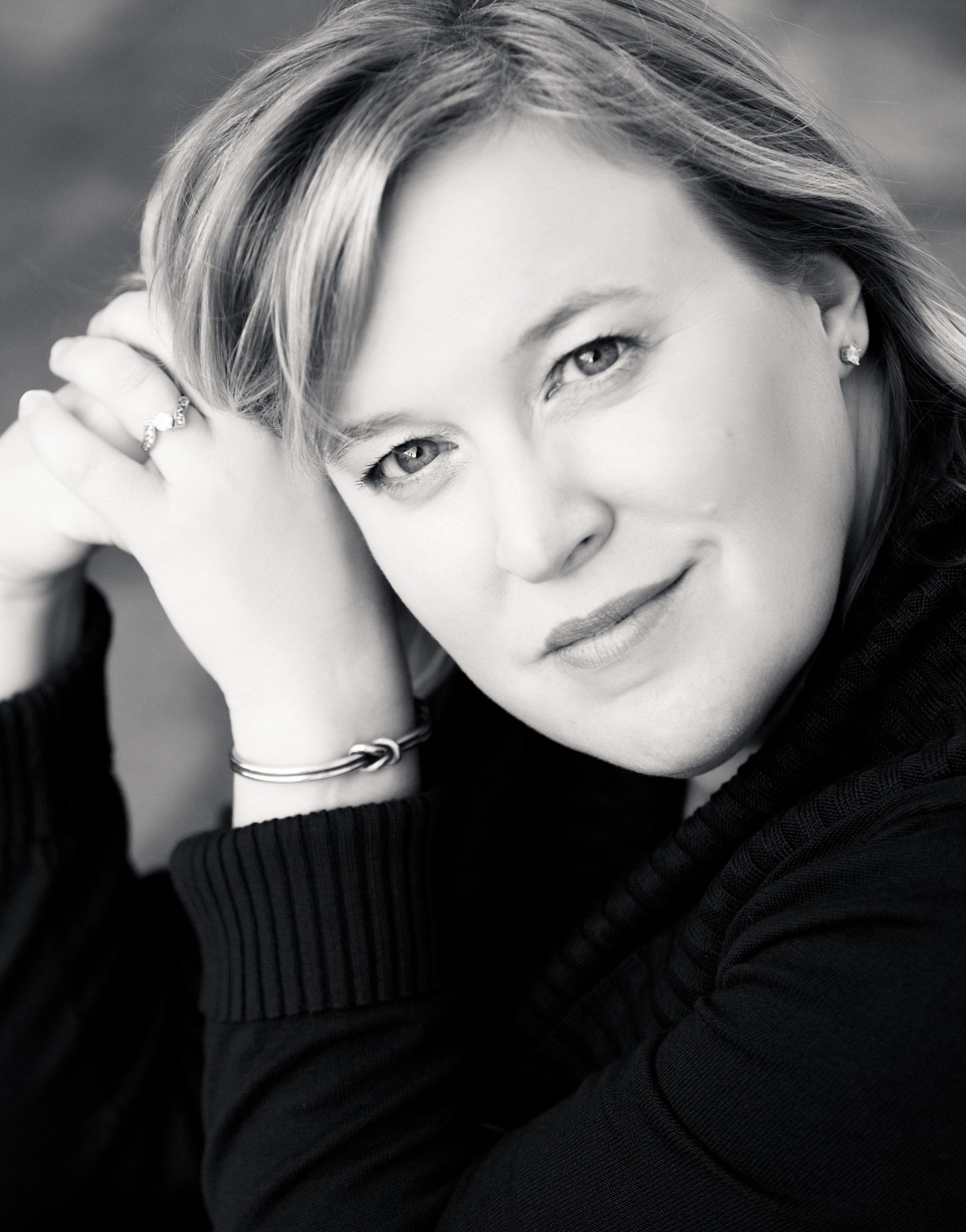 Photo of Dr. Jennifer Kane