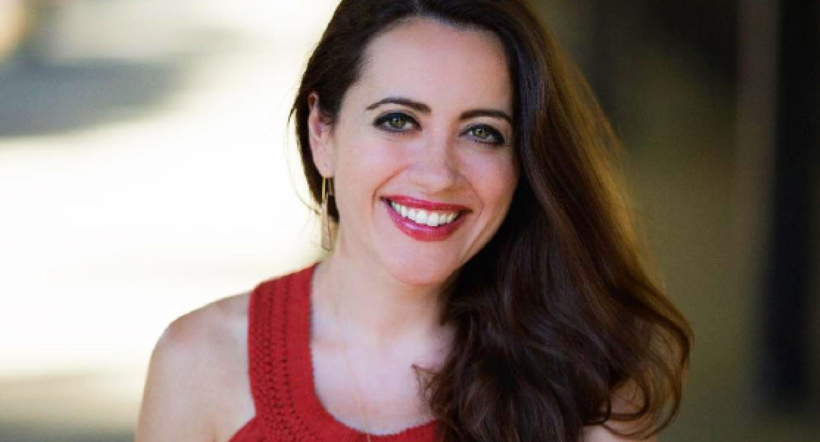 Soprano Amanda Forsythe smiling
